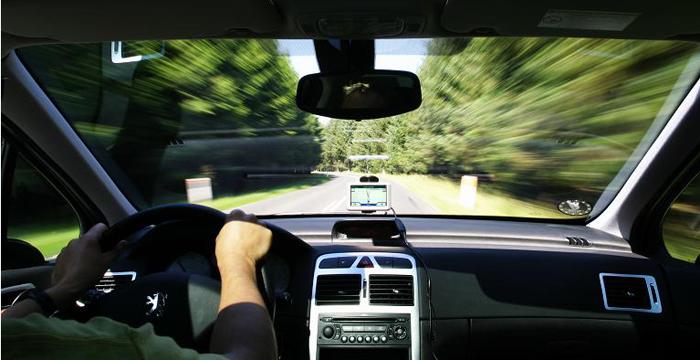 Trucos y consejos para ahorrar conduciendo