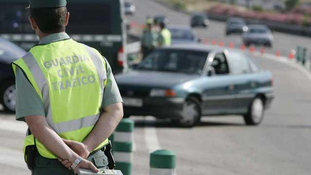 La negación de un conductor a someterse a un control de alcoholemia se considera delito