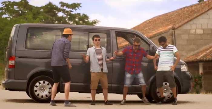 Vídeo con la canción del verano de Los Refrescos para conducir en verano