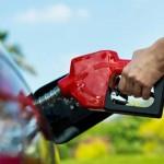 Suben los precios de la gasolina ante la Operación Salida 2014