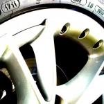 Los riesgos de los neumáticos en verano. Cómo evitarlos