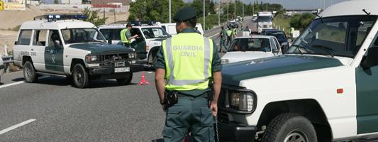 Control de drogas y alcoholemia de la  Guardia Civil de Tráfico