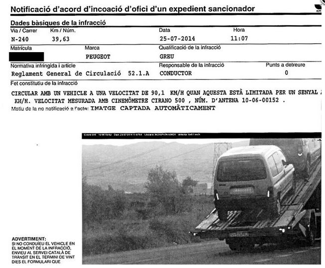 Multan por exceso de velocidad a una multa averiada sobre una grúa