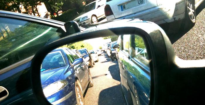 Conducir con la app DriveSmart, el único requisito para los conductores participantes