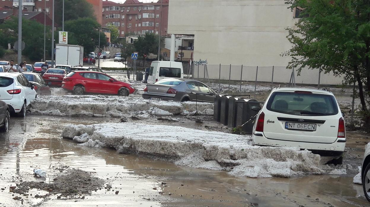 ¿Quién se responsabiliza de los daños del coche en una inundación?