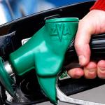 ¿Pagar menos por la gasolina? ¡Sí, con la OCU!