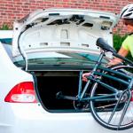Bicicleta, tabla de snow, esquís… ¿Prohibido llevarlos dentro del coche?
