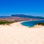 La playa de Bolonia, un destino smart… ¡y salvaje!