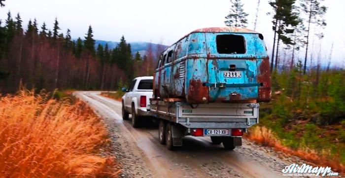 La historia de la Volkswagen T1 que salió de un pantano...