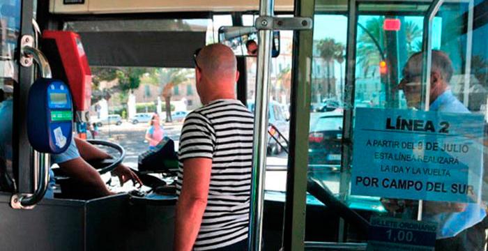 ¿Me pueden multar por distraer al conductor de un autobús?