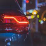 ¿Cuándo se deben utilizar las luces del coche?