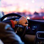 Los mejores podcasts para escuchar mientras conduces