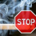 8 razones para no fumar al volante