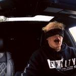 'Bird Box Challenge': el reto de conducir a ciegas