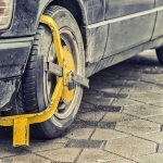 9 razones por las que te pueden poner un cepo e inmovilizar el coche
