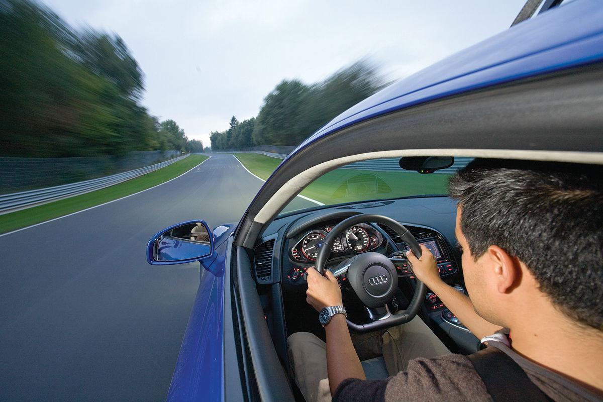 Conducir por el carril derecho