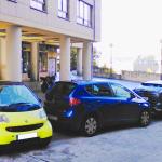 ¿Me pueden multar por aparcar mi Smart en batería?