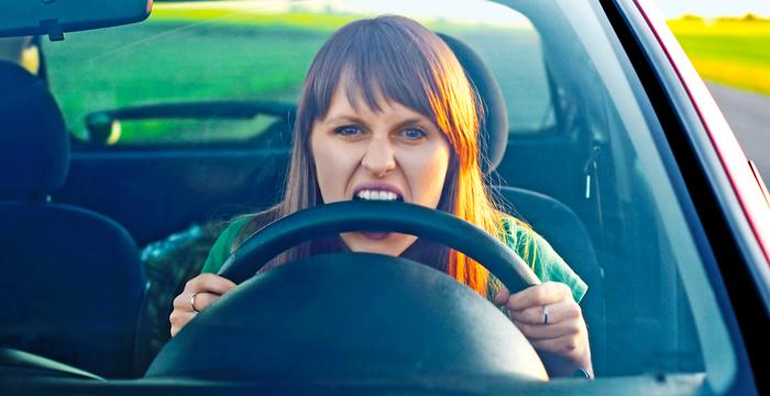 quelles sont les lois les plus absurdes au volant?